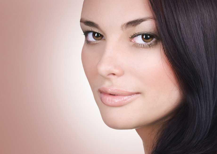 Mujer con la cara perfecta
