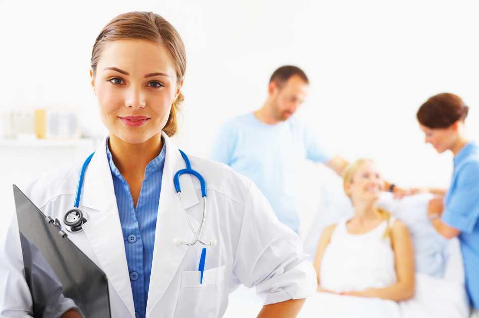 Doctora analizando sarcoma