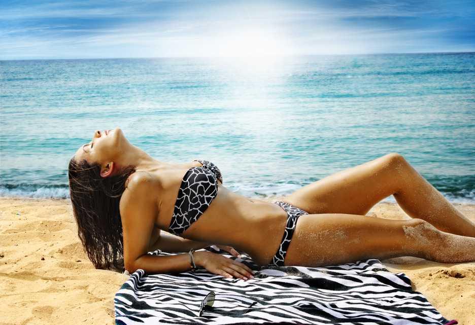 Mujer con depilación brasileña