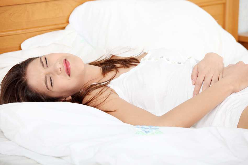 Mujer con gastritis