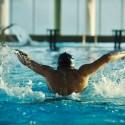 hombre-nadando